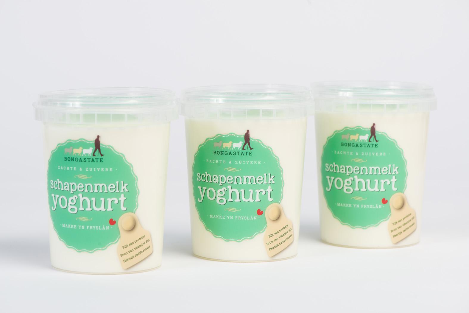 Verpakkings design schapenyoghurt Bongastate