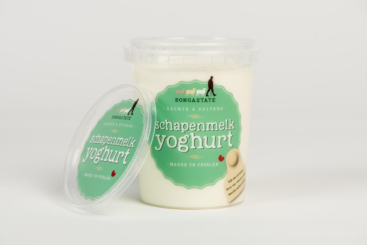 Verpakkingsontwerp schapenyoghurt Bongastate