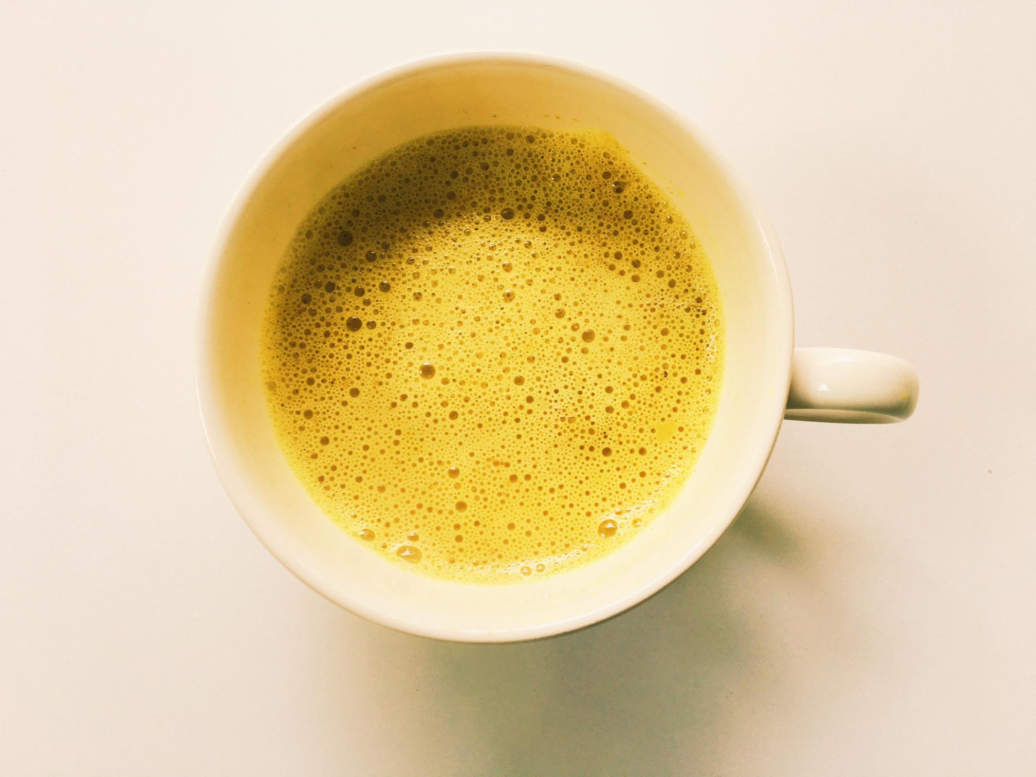 Turmeric-latte-kurkuma-melk