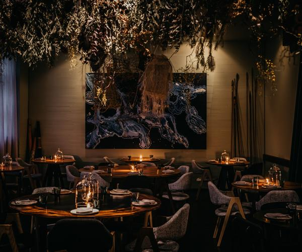 Food-trends-2020-restaurant-interiors-earthy-colors